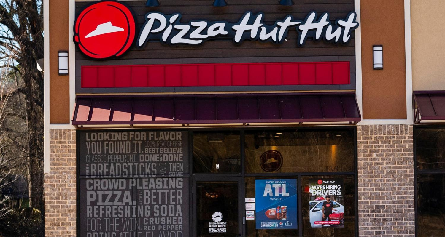 Pizza Hut Hut Storefront